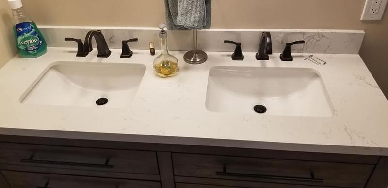 Dual Bathroom Vanity With Quartz Countertop, Dual Sinks and Modern Plumbing Fixtures